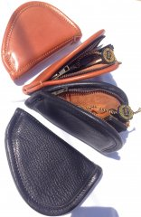 ZIPPERED POUCH - BROWN